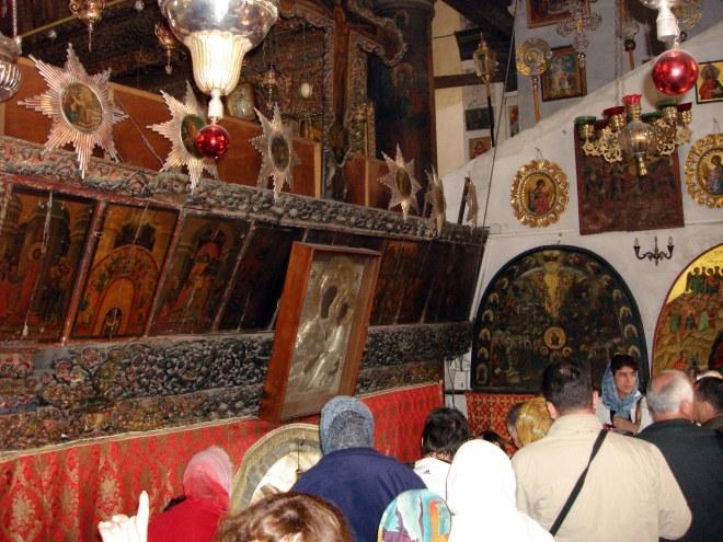 Вход в Пещеру Рождества (101.75КиБ)