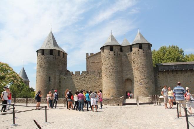 Замок в Каркасоне (123.23КиБ)